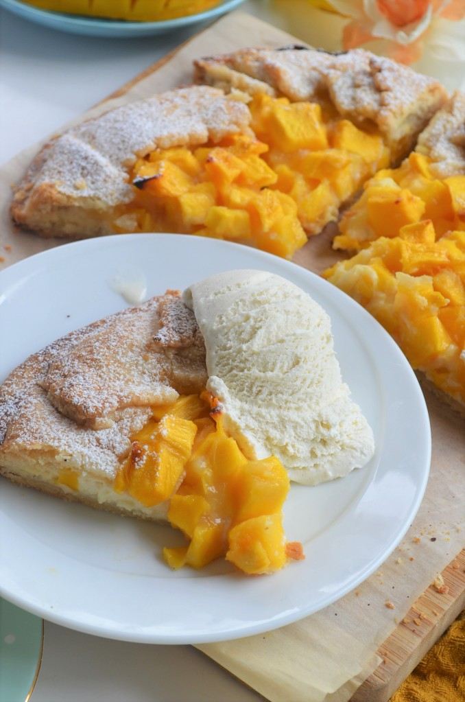 How to Make Mangoes and Cream Galette