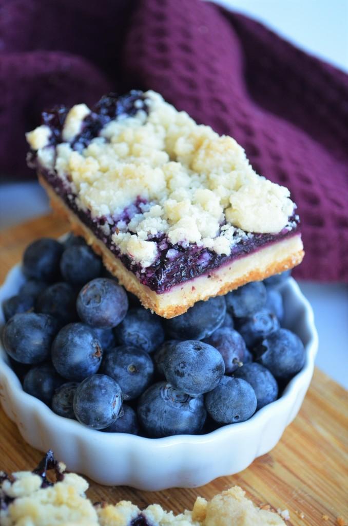 Blueberry SHortbread Crumb Bars