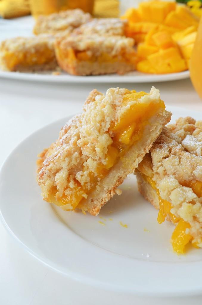 Mango Shortbread Oats Crumb Bar SweetNSpicyLiving